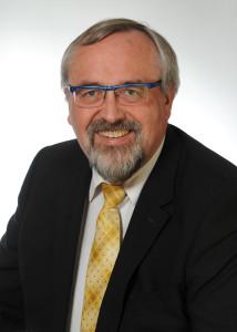 Dipl.-Hdl. (Univ.) Ulrich Aumann (Geschäftsführer)